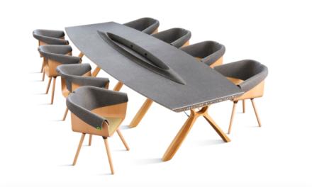 Vepa en Plastic Whale komen met meubels van plastic uit Amsterdamse grachten