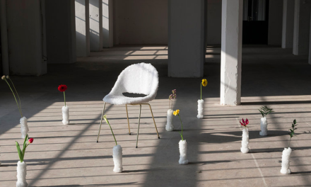 Bulo laat jubilerende stoel kristalliseren