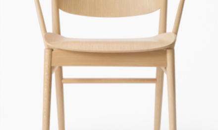 Fritz Hansen maakt na 61 jaar eindelijk weer eens een stoel compleet van hout