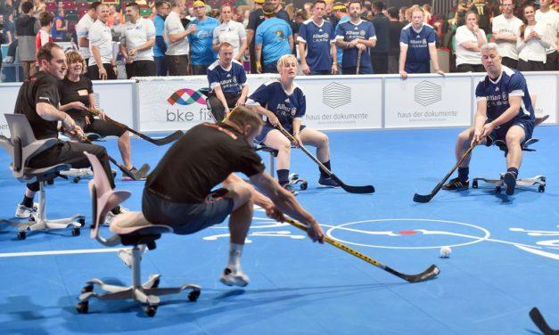WK kantoorstoelhockey tijdens ORGATEC 2018