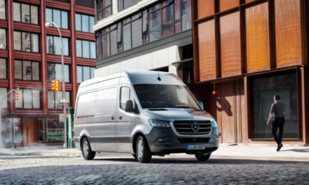 Volkswagen Transporter en Mercedes Benz Sprinter winnaars Bestelauto Expo Publieksprijs 2020