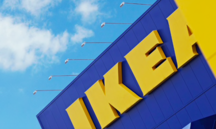 MENSEN BEZOEKEN IKEA ALSOF HET DE EFTELING IS: ALLE VESTIGINGEN IKEA TOCH GESLOTEN