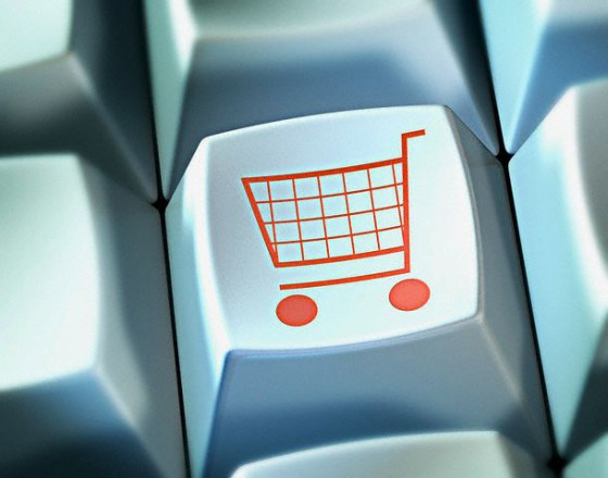 Thuiswinkel: consument geeft meer uit online