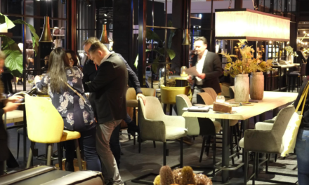Zo vergaat het meubelmensen die zakendoen in de rest van Europa: Sen van Rees, Jeroen Pruijssers, Rene Thuijs, Fedor de Lange