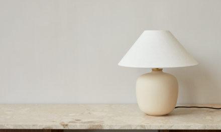 Menu introduceert de Torso tafellamp