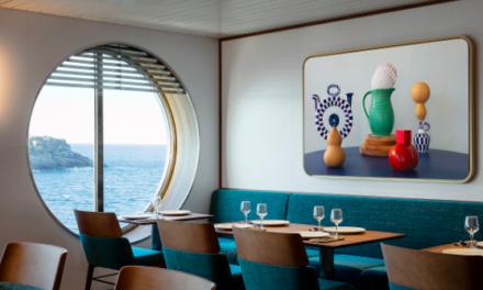 Kunst van Nederlandse fotografen opgenomen in het interieur van het schip Galicia