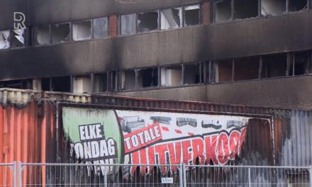 Na de brand bij meubelzaak Decor Wonen in Capelle: 'Droevigheid overheerst'