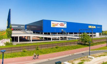 IKEA plaatst zonnepanelen op gevel vestiging