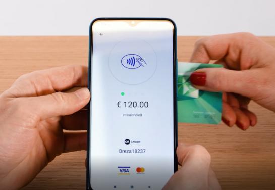 AXI lanceert een nieuwe tap on phone – functionaliteit